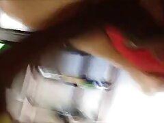 তিনি ছড়িয়ে সরাইয়া তার ছেলে ছেলে চুদা চুদি পায়ে সঙ্গে হতে লেগেছে (2011).