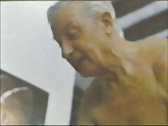 পুলিশ বিভাগের বি চুদা চুদি ভিডিও দেখতে চাই বি বি / ভাঁজ করে বসা